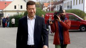 Lichvář v řadách SPD? Část krajské organizace chce odvolat vedení - anotační foto