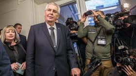 Odvolil i prezident Miloš Zeman
