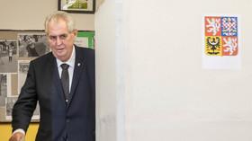 K*nda sem, Babiš tam, Miloušovi vyhrajou volby 3 miliony důchodců, spustil známý sportovec - anotační foto