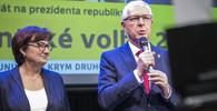Drahoš se v Ostravě setkal s voliči, podpořit ho přišla i Marie Rottrová - anotační obrázek