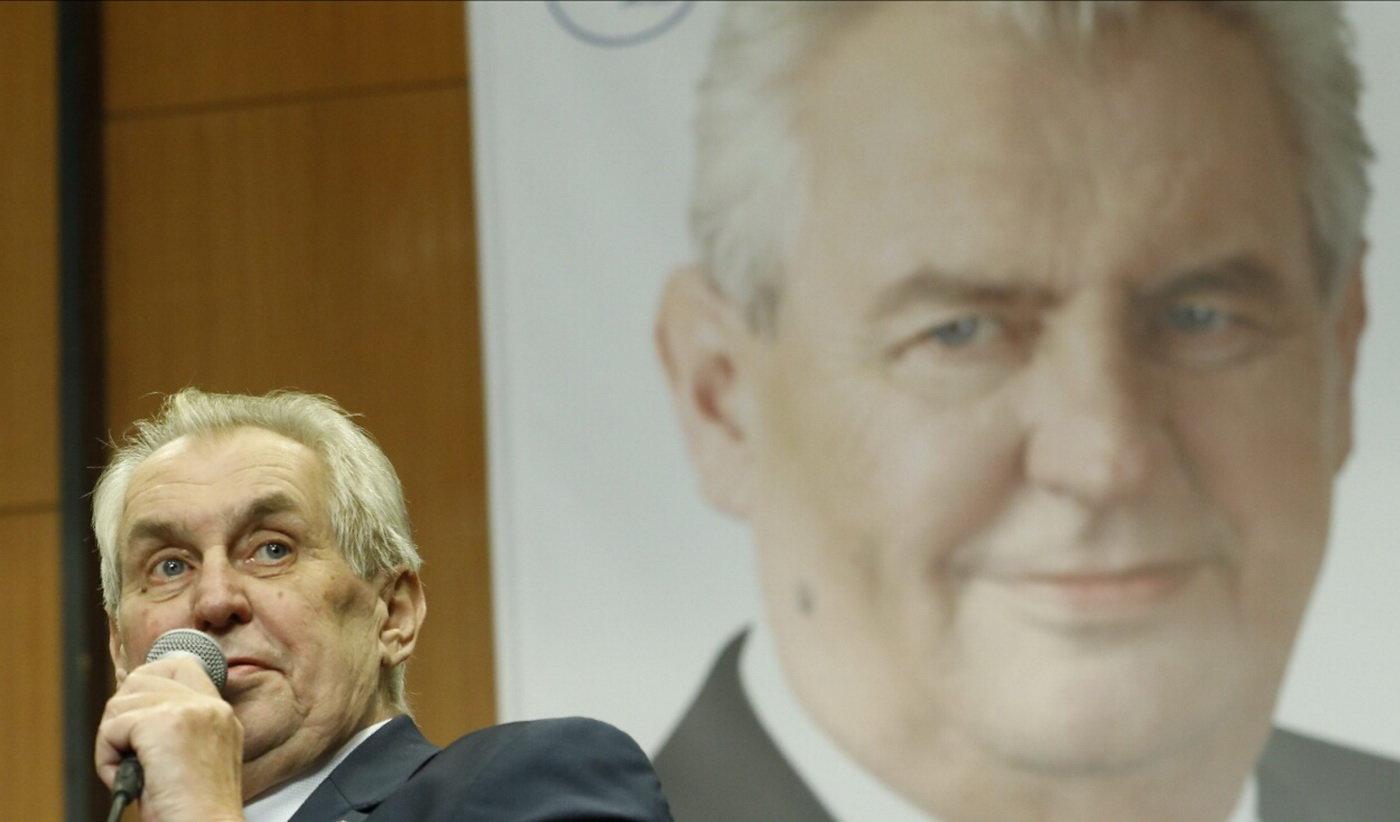 Miloš Zeman ve volebním štábu