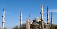 V Turecku probíhají demonstrace na podporu svobodných médií - anotační obrázek
