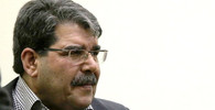 Pražská policie prý zadržela bývalého vůdce syrských Kurdů - anotační obrázek