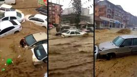 Ankaru zasáhly silné bouře