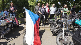 Noční vlci v Praze uctili památku padlých