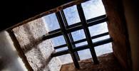 Nejznámější vězeň světa nesměl ukázat svou tvář. Kdo se doopravdy skrýval v železné masce? - anotační obrázek