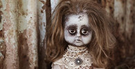 Proč se lidé bojí panenek?
