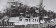 Osud lodi Exodus 1947? Stovky vojáků násilím uprchlíky vyhnali - anotační obrázek