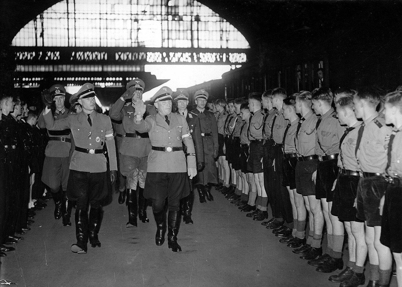 Výchovná stanice nacistů? Organizace Hitlerjugend měla úplně jiné poslání, než veřejně hlásala - anotační obrázek