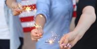 Silvestrovská zranění: Jak poskytnout první pomoc při popálení kůže a očí? - anotační obrázek
