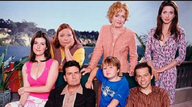 Jak se změnil Jake ze seriálu Dva a půl chlapa? Z malého chlapce se stal pořádný pořízek - anotační foto