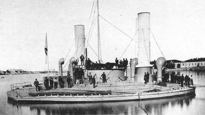 Loď Novgorod