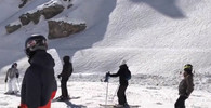 Skončilo prohledávání laviny ve Švýcarsku. Sjezd o život nepřežil jeden lyžař + LETECKÉ ZÁBĚRY - anotační obrázek