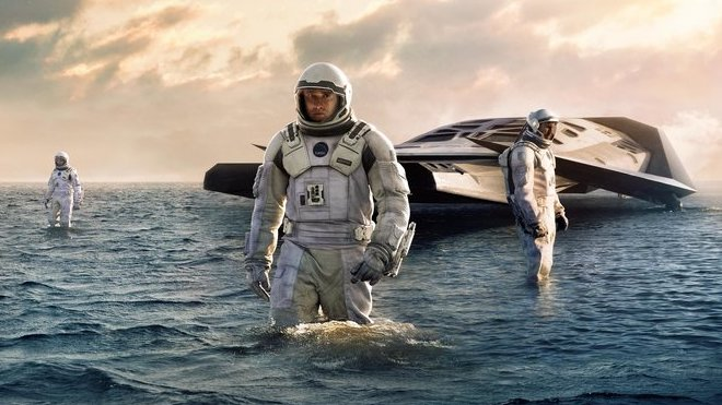 Planeta, kde jedna hodina znamená několik let ve vesmíru, by takto rozhodně nevypadala