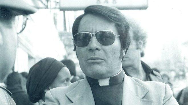 Rev. Jim Jones - 16. ledna 1977. Photo by Nancy Wong