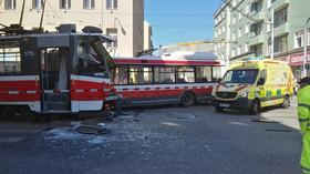 srážka tramvaje a trolejbusu v Brně (1.4.2019)