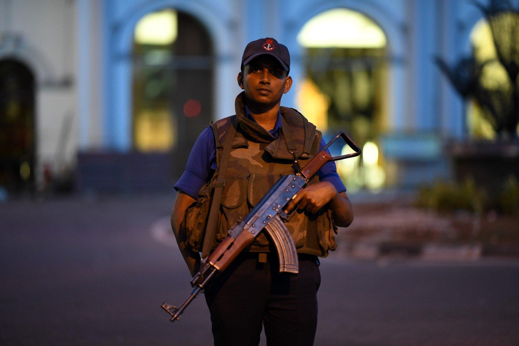 exploze v kostelech a hotelech na Srí Lance (21.4.2019)
