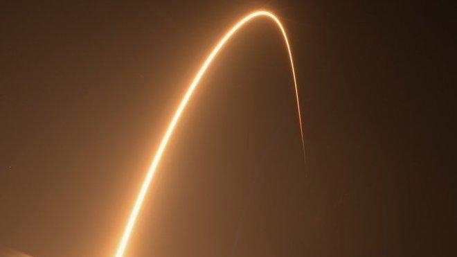 Starst rakety Falcon 9