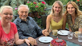 Karel Gott s rodinou