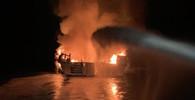 Požár lodi u břehů Kalifornie (2.9.2019)
