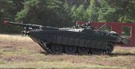 Tankový exot ze Švédska se vyrovnal nejmodernější konkurenci - anotační foto
