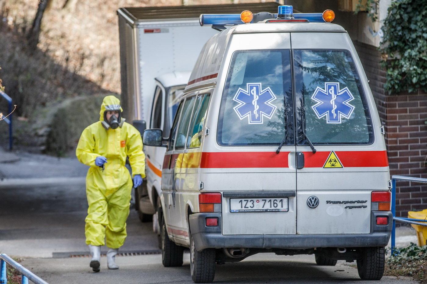 V úterý přibylo v Česku 213 případů nemoci covid-19 - anotační foto