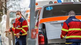 Covid-19: V Česku zemřeli další tři lidé, vzrostl i počet nakažených - anotační foto