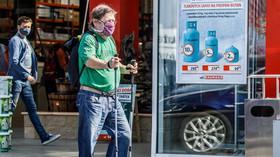 Koronakrize drtí Česko. Více nových problémů má přes milion lidí - anotační foto