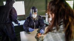 Epidemie v ČR překonala další milník: Počet případů covidu přesáhl 17 tisíc - anotační foto