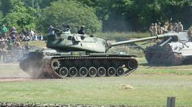 Americký tank M103 proti sovětské vlně! Dokázal prostřelit vše, ale nedokázal dojet na bojiště! - anotační foto