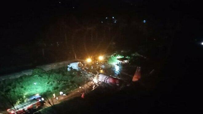 Na internetu se objevily snímky z místa nehody