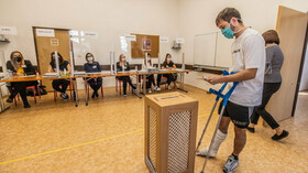 Nový volební průzkum: Hnutí STAN na vzestupu. Kdo by vypadl ze Sněmovny? - anotační foto