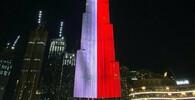 Nejvyšší mrakodrap světa v Dubaji rozsvítila česká trikolóra - anotační obrázek