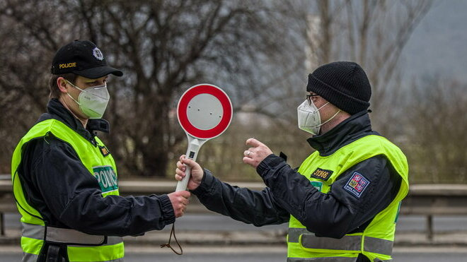Policie ČR kontroluje řidiče