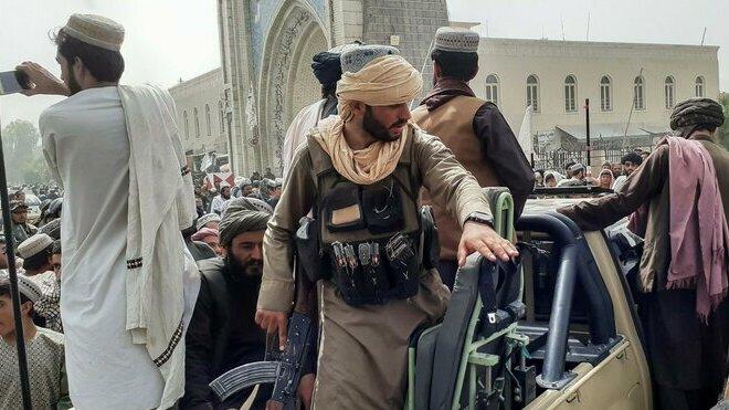 Tálibán obsazuje Afghánistán