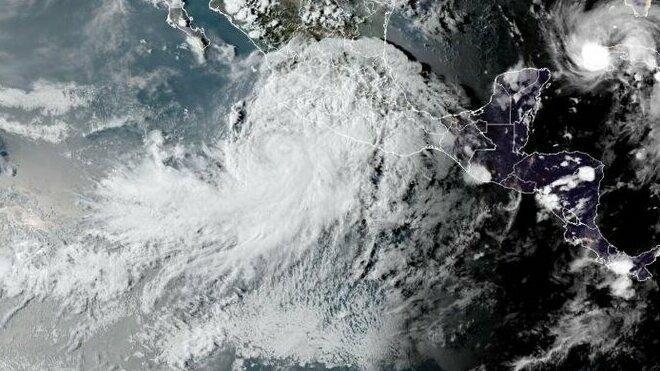 hurikán Nora
