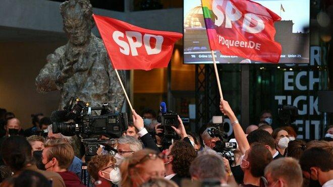 Oslavy příznivců SPD