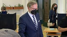 Petr Fiala volil ve sněmovních volbách. (8.10.2021)